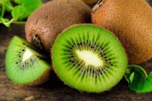 رژیم میوه با کیوی