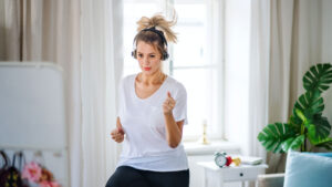 تمرینات لاغری در منزل